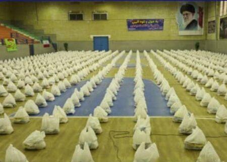 اهدای ۱۰۰۰ بسته معیشتی توسط شرکت نفت و گاز کارون