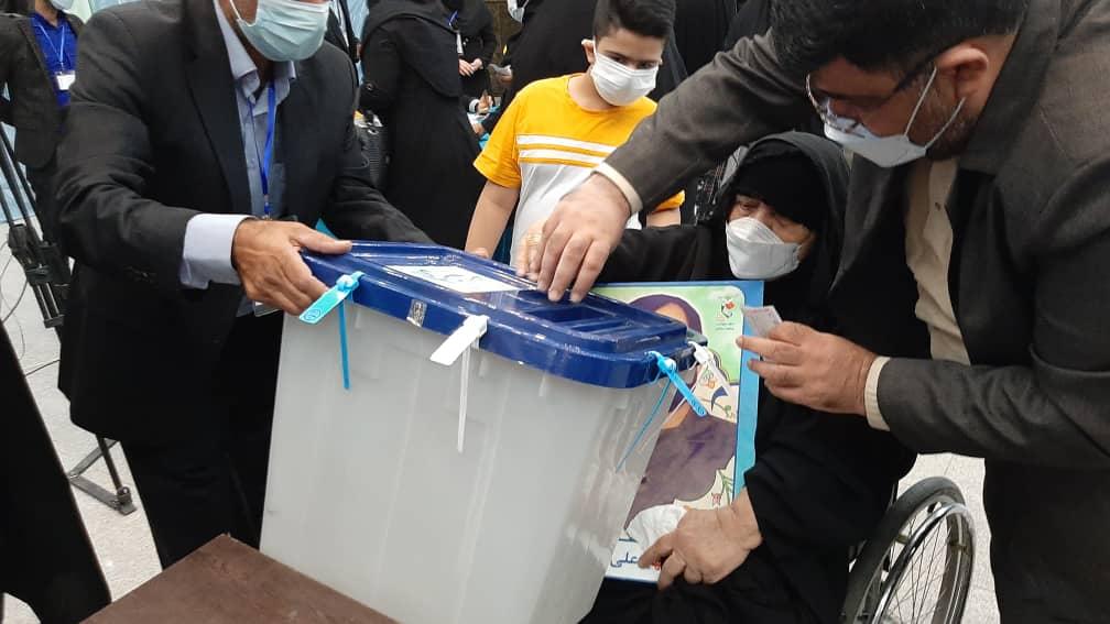 انتخابات ریاست جمهوری و شوراهای شهر و روستا در خوزستان آغاز شد