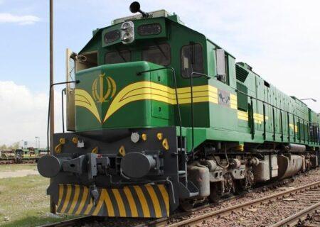 قطار فوق العاده خرمشهر-تهران برای جابجایی زائران اربعین راه اندازی شد