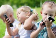 با اعتیاد کودکان به موبایل و برنامههای تلویزیونی چه کنیم؟