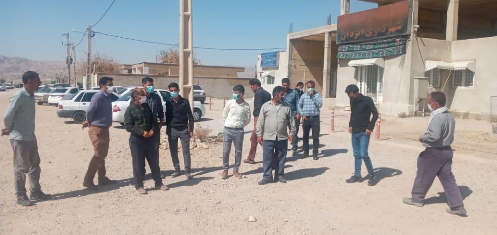 کارگران شهرداری آبژدان بعلت عدم دریافت ۲۰ ماه حقوق خود،دوباره اعتصاب کردند